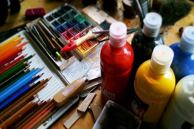 大阪のアートスクールから社会人の方へご提案~アートスクールでストレス発散しませんか?~